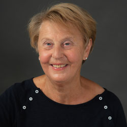 Dr Anne Green